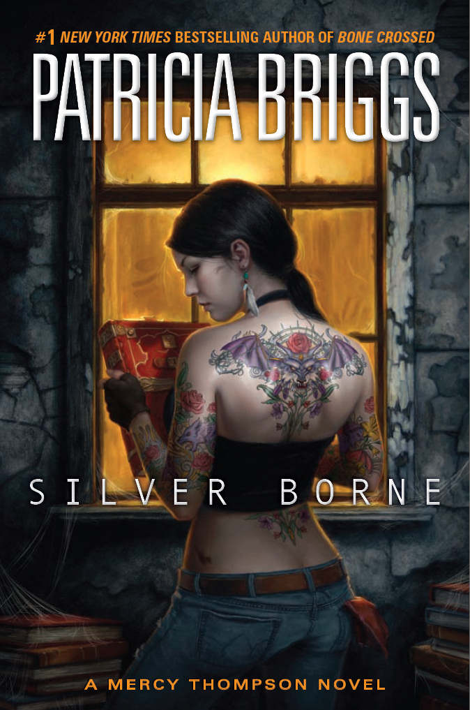 Iron Kissed (Mercy Thompson, Book 3) by Briggs, Patricia