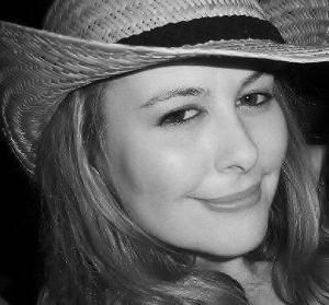 Gena Lutz - author bio photo II